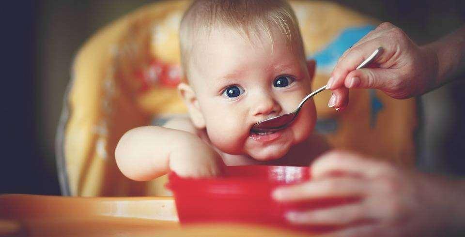 Suc de mere pentru constipatie la bebelusi